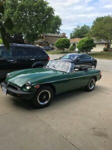 Classic  1977 MGB Mark lV EXCELLENT SHAPE AND READY FOR SUMMER!!
