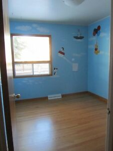Awesome Room Available for Rent