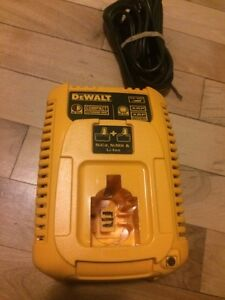Dewalt chargeur 18v charger lithium ion + nicd
