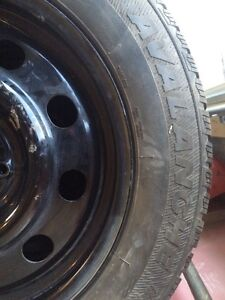 Selling winter tires 225/60R17