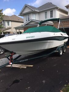 Awesome Boat and Trailer Low Hrs Four Winns 215 Sundowner