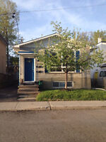 IMMEDIATE POSSESION- Close to DT & U of O- Bright, warm 3 bed