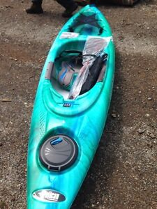 Pelican Odyssey 100 Kayak and paddle