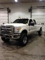Lifted 2011 Ford f 250 diesel