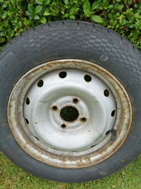 Wheel and tyre to fit a citroen berlingo