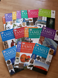 Illustrated set of 16 family encyclopedias