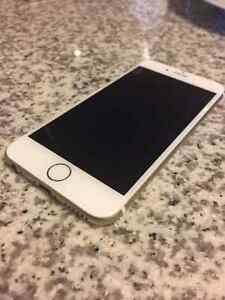 Mint Condition Iphone 6 - 16g London Ontario image 3