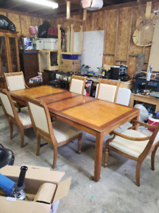 Beautiful Dining Set - Table - Chairs - Cabinet