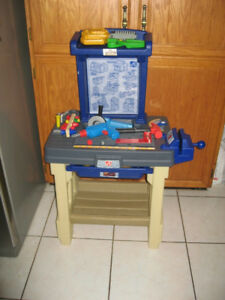 Step2 Real Projects Workshop Tool Bench / Fold Up Toll Bench