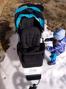 Double stroller Mountain buggy plus one