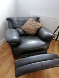 Leather electric recliner armchair exc condition