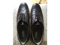 Men's Size 9 Burgundy Shoes