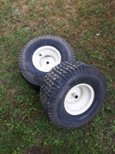 Lawn tractor tires and rims