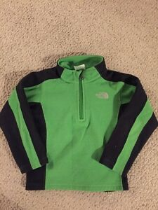 Boys 3T North Face Sweater