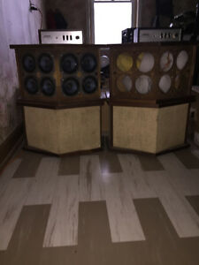 Bose 901 Series 2.....2 sets with 2 Bose eqaulizers