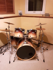 5 pc Mapex drum set for sale