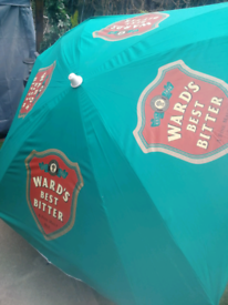 New rare wards brewery umbrella large for pub table Must for any home