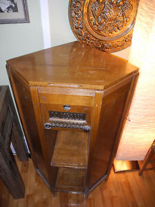 Meuble radio antique meubles dans grand montr al for Meuble antique montreal