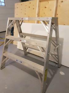 """36"""" aluminum step ladder"""