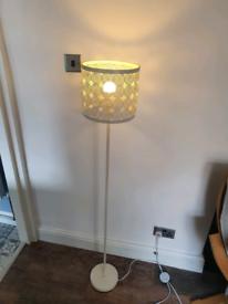 Corner lamp 4ft