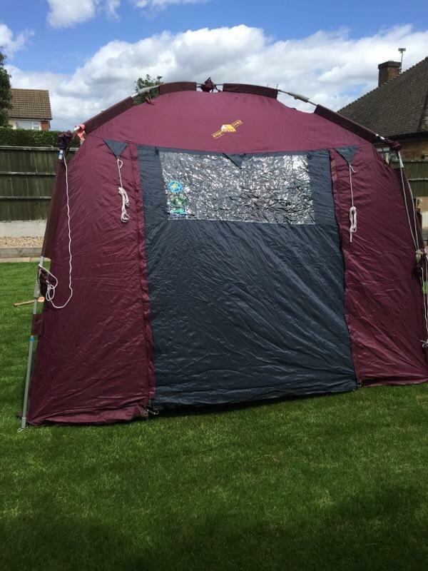 Kyham Quick Erect Xxl Tent In Anstey Leicestershire