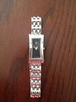 Ladies esquire watch, like new- hardly worn!