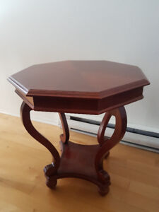 Ensemble de 3 tables en bois de qualité pour salon