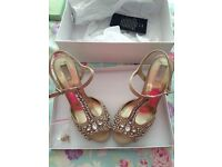 Pale gold/champagne shoes size 7 RRP £65 wedding?