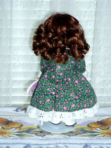 "Porcelain ""December"" Doll by RUSS : Clean:LikeNEW:Smoke Free Kitchener / Waterloo Kitchener Area image 2"