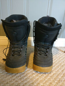 Airwalk Men's size 12 Boots