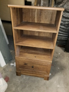 Stand up bookshelf with drawer