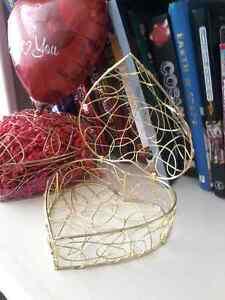 Valentine gifts and decor Windsor Region Ontario image 6