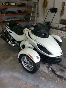 Cam Am RS 2012  LIKE NEW ! !