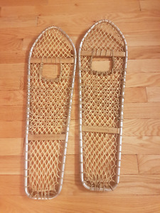 Selling a pair of Snowshoe's