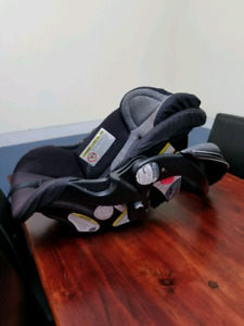 Baby trend care seat
