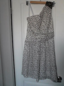 MAX AND CLEO: One Shoulder Brown & White Cocktail Dress (Size 6)