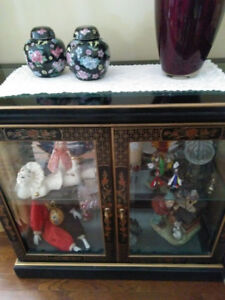 Asian Black Lacquer China Display Cabinet with Mirror