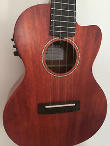 GRETSCH TENOR A.C.E UKULELE (WITH GIG BAG)