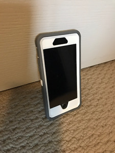 iPhone 6 **128GB** w OtterBox Defender Case $550 Or Best Offer