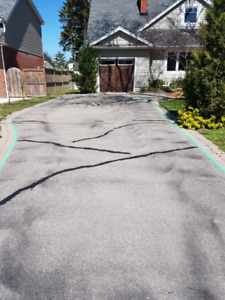 Commercial and Residential asphalt sealing