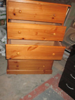 All wood 5 drawer on rollers, Chest of drawers.