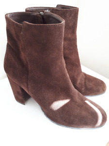 J. CREW ANKLE BOOTS SUEDE