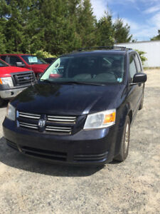 2010 Dodge Grand Caravan, Stow & Go