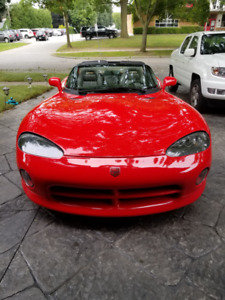 1994 Dodge Viper.  One owner!  Only 44000km