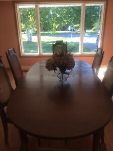 Solid Wood Dining Table & 6 Chairs Kawartha Lakes Peterborough Area image 5