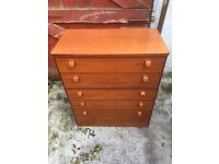 Oak chest of drawers. Free delivery