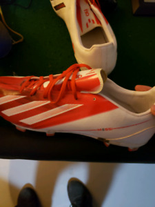 Adidas soccer shoes messi edition