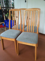 Oak Diningroom Chairs