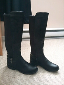 Size 9 Boots Extended Calf. BRAND NEW $60