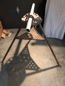 Ridgid 450-5 Tripod tri-stand with chain vise